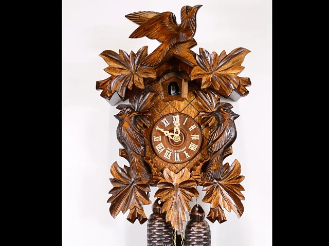 Cuckoo Clock<br>Seven Leaves, three Birds 2.0085.01.C