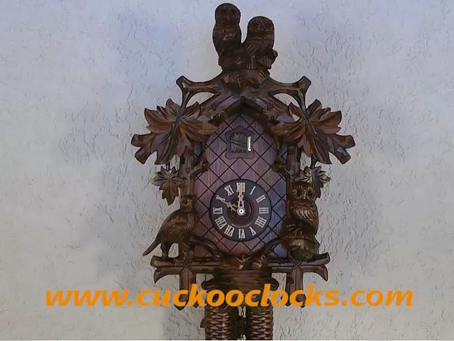 Reloj cucú<br>Lechuza, pajarito, nido