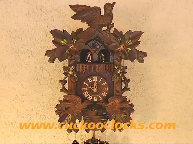 Cuckoo Clock<br>Six Leaves, moving Birds, Nest