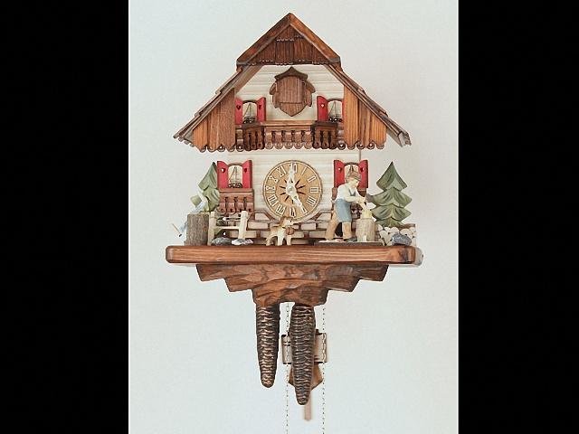 Reloj cucú<br>Casa de la selva negra con leñador que se mueve KA 1694 EX