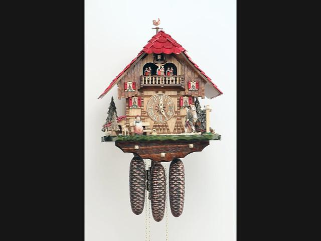 Kuckucksuhr<br>Kleines Schwarzwaldhaus mit beweglichem Uhrenträger und Tänzern KA 3742/8 EX