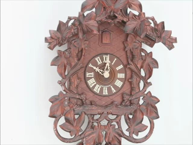 Reloj cucú<br>17 follajes