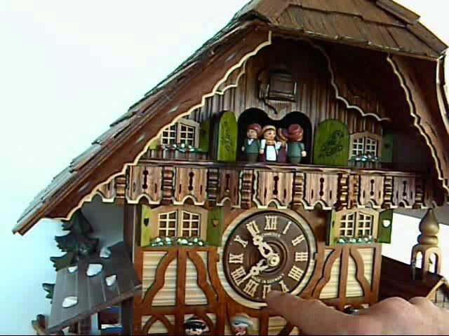 咕咕钟<br>黑森林房屋款式带会动的敲钟者和水车
