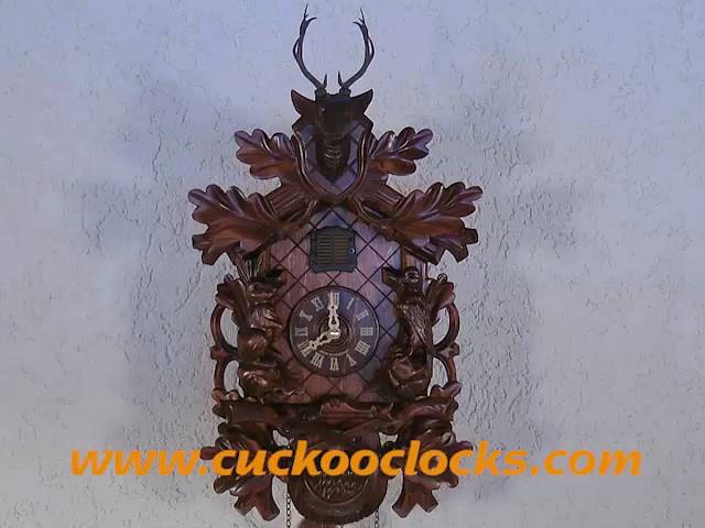 Кварцевые часы с кукушкой<br>Охотничья сцена